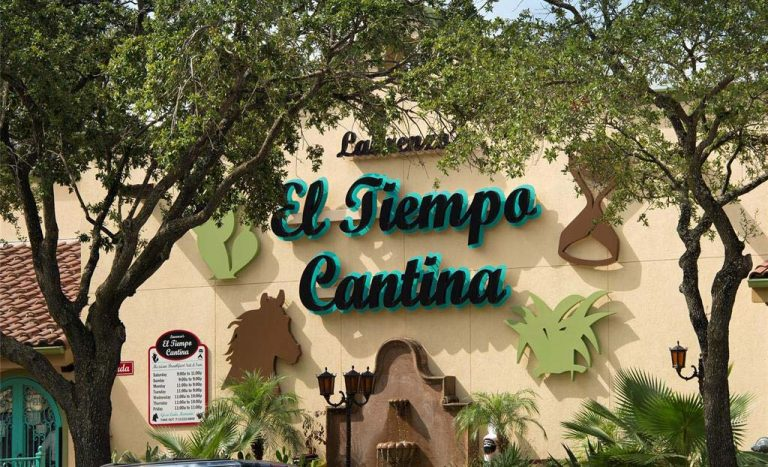 Homes for sale downtown Houston el tiempo cantina