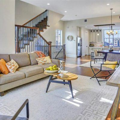 Townhomes EaDo Houston, Living Area